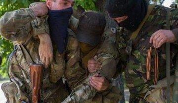 """Окупанти придумали, як не випускати """"своїх"""" з Донбасу: """"При спробі втечі..."""""""