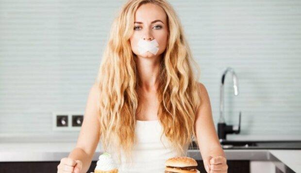 sieviete-burgeris-dieta-49314855