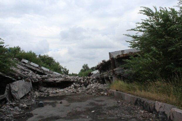 Літак РФ вторгнувся на Донбас, екстрена заява: подробиці і кадри зухвалого вчинку