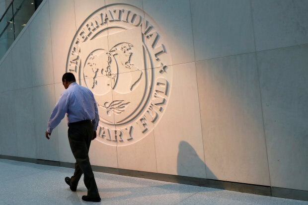 """Юрист Семен Ханін пояснив, навіщо приїжджала місія МВФ: """"Цирк поїхав, клоуни залишилися"""""""