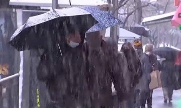 Мокрый снег, дожди и резкое похолодание: на Украину надвигаются сразу два циклона