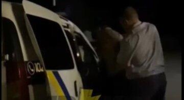 """Пьяный мужчина устроил переполох на базе отдыха на Харьковщине: """"Угрожал задушить ребенка, если..."""""""