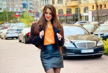 """Колишня дружина Дзідзьо Slavia в сукні з незвичайним верхом викликала фурор в Мережі: """"Справжня леді"""""""