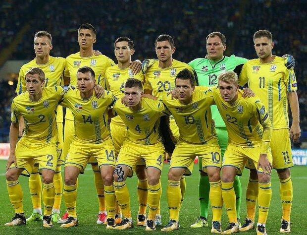 Футбольные эксперты нанесли сразу две травмы игроку сборной Украины: скандальные кадры