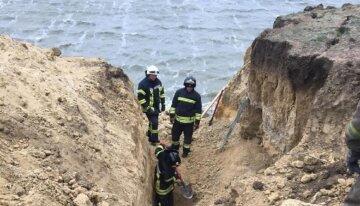 ЧП под Одессой: оползень забрал жизни людей, кадры разрушений