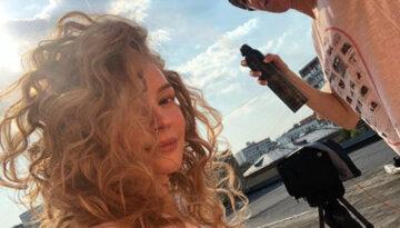 """""""Слишком горячо"""": длинноногая блондинка из фильмов """"Квартал 95"""" устроила опасные игры с огнем"""