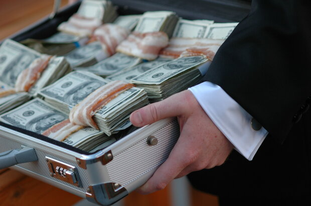 Шишка обложила данью бизнесменов на Одесчине: за что приходится платить