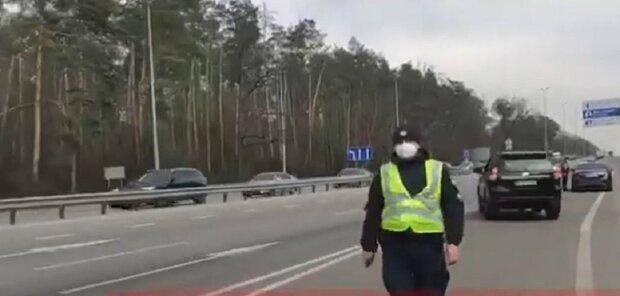 Ніякі заборони та НС не працюють: що діється на в'їздах у Київ, показові кадри