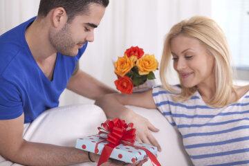 8 марта подарок для женщині пара