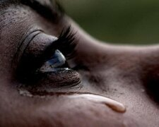 слезы, горе, отчаяние