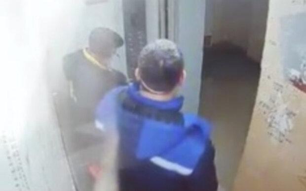 """У Дніпрі забили тривогу через підозрілих осіб у будинках, відео: """"ходять по поверхах і..."""""""