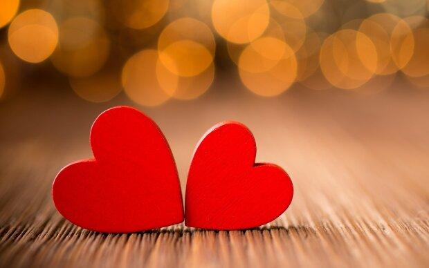 Влюбленные, сердца