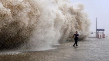 тайфун шторм