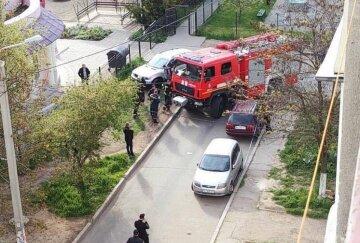Пожарная машина устроила ДТП в Одессе: кадры с места аварии