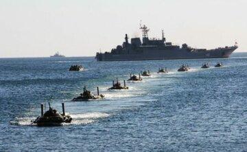 Вторжение в Азовское море: к берегу стягивают танки, войска подняты по тревоге