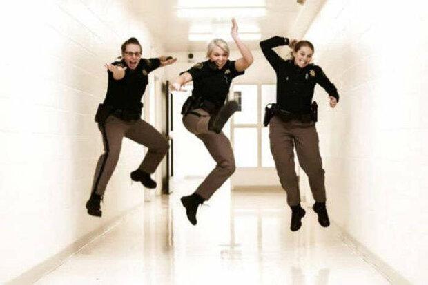 веселая полиция
