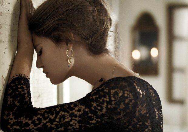 Dolce & Gabbana Jewellery Fall_Winter 2011 Campaign _ Bianca Balti by Giampaolo Sgura 07