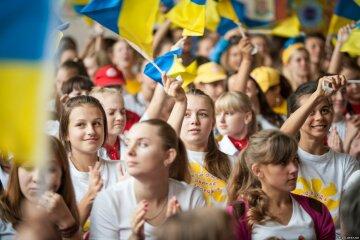 1394471380_ukrainskaya-molodezh-boretsya-za-svoyu-stranu