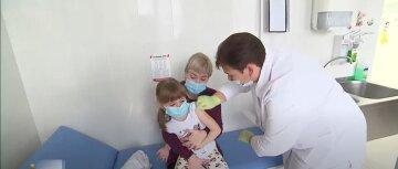В МОЗ зовут родителей вакцинировать детей: нужно сделать к началу учебного года