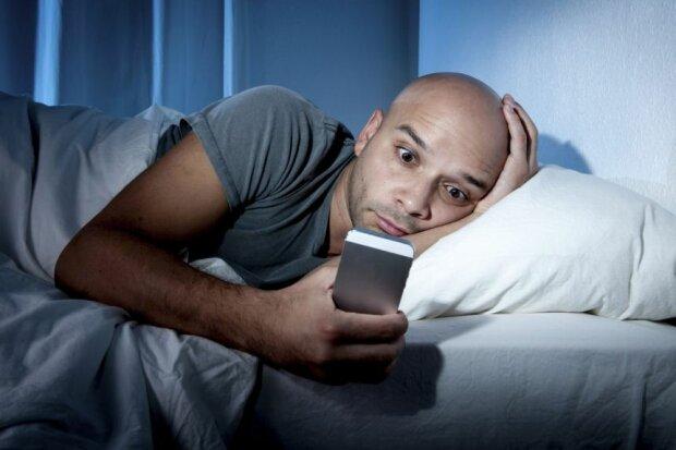 как быстро заснуть, бессонница, мобильный телефон