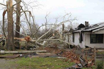 За вторник и среду по США прошли 60 торнадо (фото, видео)