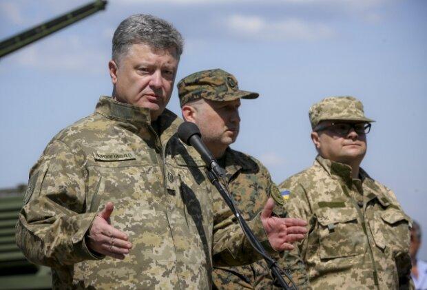 Petr-Poroshenko-Desna