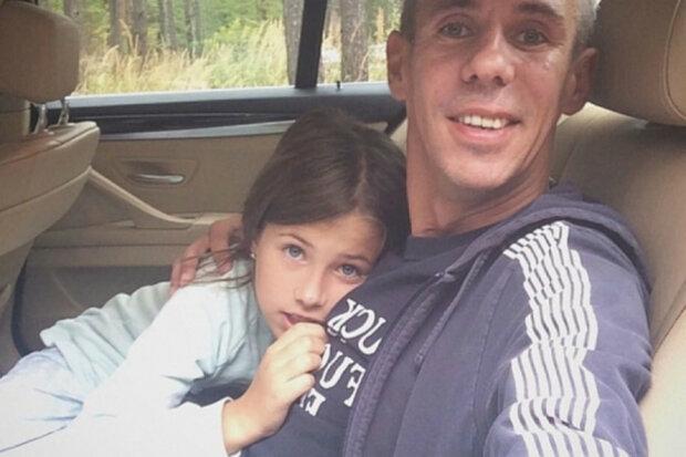 панин с дочкой