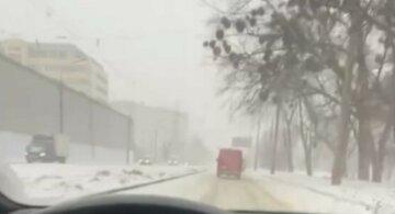 Одесскую область засыпало снегом: кадры последствий непогоды, лучше посидеть дома