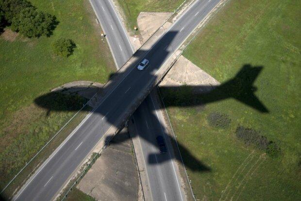 Вони знали, що літак несправний: як українські туристи дивом вижили, шокуюча історія