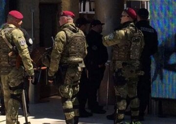 """Колишній російський поліцейський наробив галасу в Одесі: """"вирішив дати концерт"""""""