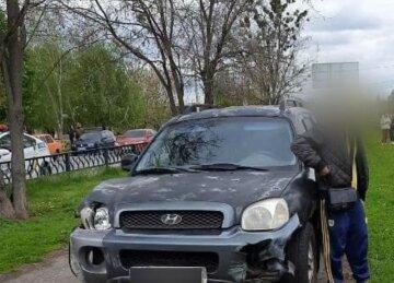 """У мотлох п'яний водій вилетів на тротуар у Харкові, фото: """"зніс огорожу і..."""""""