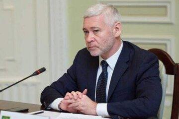 Терехов хочет устроить противостояние вокруг передачи Благодатного огня в Харьков, - политолог