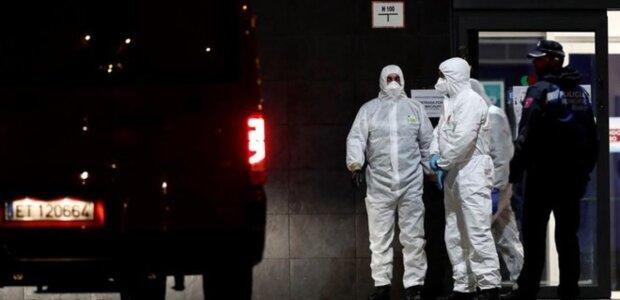 """В Европе нашли целый """"склад"""" жертв коронавируса, о людях забыли: """"доживали в кроватях"""""""