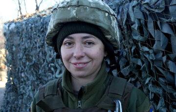 """""""Сорвался прямо из университета"""": храбрая украинка бросила все и вслед за сыном пошла защищать родину"""