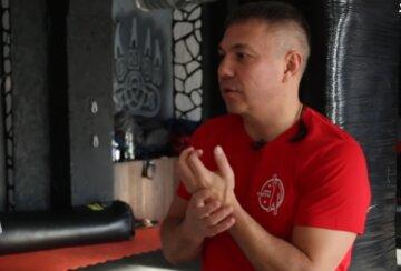 """Знаменитий російський боксер вирішив побудувати будинок в Криму і поплатився: """"Найняв бригаду з Донбасу, а ті..."""""""