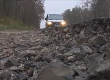 Во Львове показали, как Садовый «ремонтирует» дороги