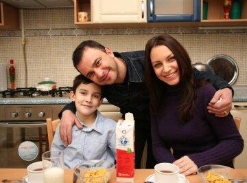 """Екс-дружина Віктора Павлика показала фото з сином, який не дожив до 22 років: """"Він тепер в руках Господа"""""""