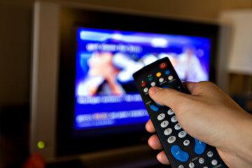 Украинцам могут отключить известные каналы: разгорелся крупный скандал, это уже не скрыть