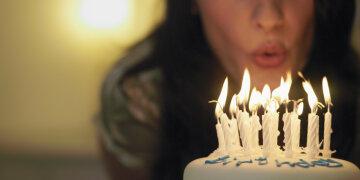 Почему-на-день-рождения-задувают-свечи-на-праздничном-торте