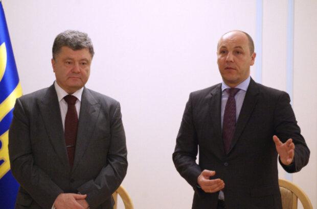 """""""Все, пропали дети"""": Порошенко и Парубия готовят для преподавания на телеканалах"""