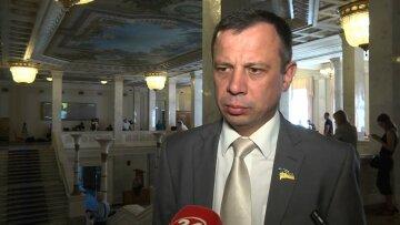 Михаил Хмель