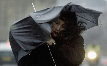 Ветер, ураган, дождь, зонт