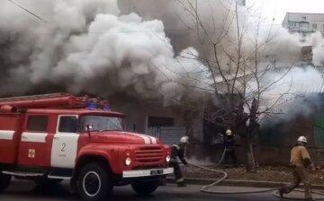 """""""Вибігла з будинку з обгорілим волоссям"""": моторошна пожежа забрала життя харків'янина, фото НП"""