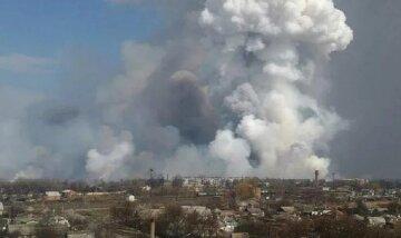 В России гремят взрывы боеприпасов, кадры катастрофы: началась эвакуация населения