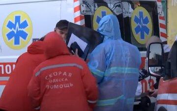 """""""Кто же тогда будет лечить заболевших?"""": в Одессе паникуют из-за катастрофы с коронавирусом, видео"""
