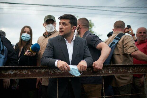 """Заросший Зеленский вырвался из самоизоляции и пригрозил украинцам: """"Плохо будет всем"""""""