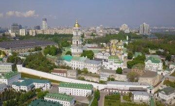 На праздник Покровы Пресвятой Богородицы в Киево-Печерской лавре проведут семь литургий