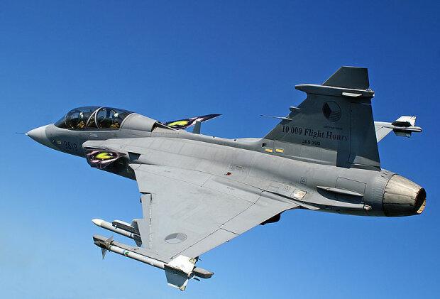 Saab_JAS-39_Gripen истребитель Венгрия НАТО