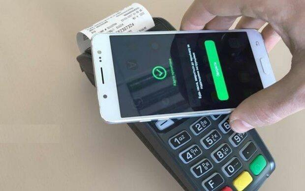 """Новые правила оплаты с карточки, ПриватБанк сообщил об изменениях: """"Если не хватает денег..."""""""