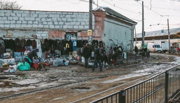 Визитную карточку Одессы превратили в помойную яму: возмутительные кадры